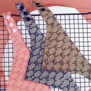 INS Мода Printed Pet банданы 3 цвета Письмо вышивка Домашние животные Слюна Полотенце Открытой Личность Шарм Бишон шнауцеры треугольник