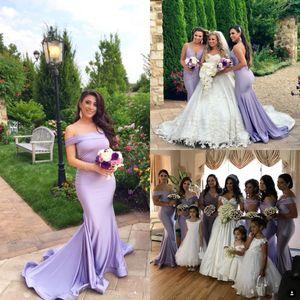 Elegante lange Lavendel-Meerjungfrau-Brautjungfernkleider 2019 weg von der Schulter Sweep Zug Garten Hochzeitsgast Prom Kleider