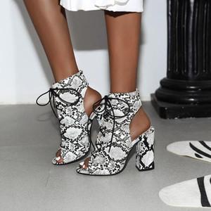 2019 Nouveau été Sandal sexy imprimé serpent Gladiator sandales femmes Leopard Chaussures à lacets Talons hauts Sandales Bottes zapatillas mujer