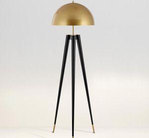 Postmodern Yaratıcı Ofis E14 LED Mantar Kat Lambası Basit Metal Villa Oturma Odası Yatak Odası Tripod Aydınlatma Otel Dekoratif Zemin Işıkları