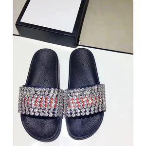 Hot Sale-8 Fotos Buscar similares 44 Hombres Mujeres Sandalias Zapatos de diseño Deslizamiento de lujo Moda de verano Resbaladiza con sandalias gruesas Zapatilla Flip Flo