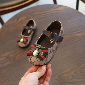 Enfants Designer Princesse cuir Chaussures Filles luxe Chaussures plates Mode Enfants Imprimer Chaussures Casual Bee Décoration Bébé Enfant Chaussures 2020 Nouveau