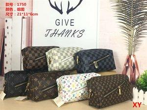 popular season top Fashion Men Women Clutch Bag Cover Bag Caoted Canvas Purse With Dust Bag fine workmanship designer backpack wallet