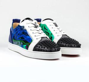 Mükemmel Kalite Erkekler Kadınlar Için Kırmızı Alt Sneakers Genç Spike Orlato Düz Graffiti Patent Deri Perçinler Kırmızı Tabanlar Ayakkabı Severler Sneakers
