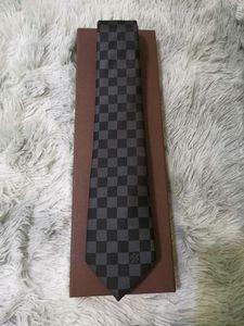 Hotsales Uomo Cravatte 100% seta jacquard tessuti, per uomo fatto a mano classico della cravatta del legame Uomo Casual matrimonio e Business collo cravatta 18 stile