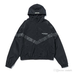 Mens Designer Jackets Fashion Windbreaker High Street FOG ESSENTIALS Reflective Hoodie Casual Hooded Jackets Outwear Black S-XL