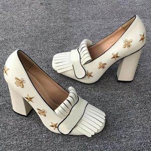 zapatos clásicos de tacón alto de cuero de diseño boatshoe profesionales de tacón alto cabeza redonda US11 tamaño de los zapatos formales del botón del metal de las mujeres
