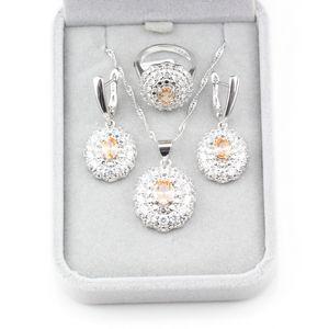 Zarif Kadın Takı Setleri 925 Ayar Gümüş Şampanya Kübik Zirkonya 9-Color Küpe / Kolye / Kolye / Yüzük Trendy Aksesuarla