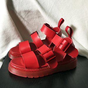 2020 New Red Leather Women Casual Flats Sandals Platform Thick Heel Beach Sandalias White Espadrilles Black Buckle Summer Shoes Y200702