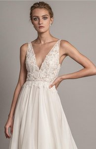 Modest A-Line Lace Beach Wedding Dresses Cheap Lace Cap Sleeves Chiffon High Split Lace-Up Back Long Bridal Gowns Custom Made HY6314