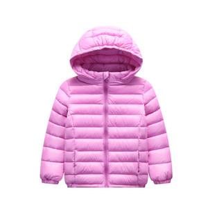 Automne Hiver 2019 à capuchon enfants vers le bas Vestes pour les filles bonbons couleur enfants chauds manteaux vers le bas pour garçons 2-12 ans Vêtements Vêtements d'extérieur