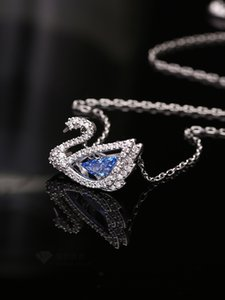 Swan Necklace Beating Heart Pendant Clavicle Chain Blue Same Style White Fashion Smart Classic Explosion Color