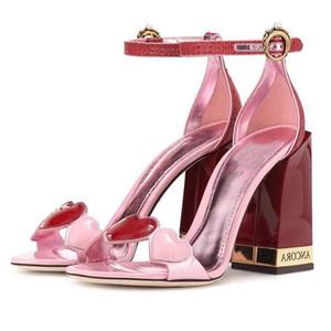 décor de cristal perlés Talons hauts Gladiator conception piste embelli coeur amour Sandales de femmes Pompes chaussures de mariage d'été