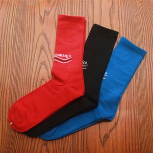 Homens Preto Azul Vermelho Meias Esporte Abertura Amante do Esporte Hip Hop Sockings Carta Impressão No Tubo Meias De Algodão