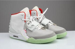 먼지 가방 남성 스니커즈 글로우 어둠의 운동 트레이너와 패키지와 카니 예 웨스트 (Kanye West)는 2 개 II SP 레드 스포츠 농구 신발