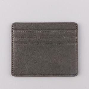 Оптовые 2019 Держатели моды карты короткие продажи новый стиль Мужчины Женщины Дешевые Белый Черный бумажник Бесплатная доставка 002-A1