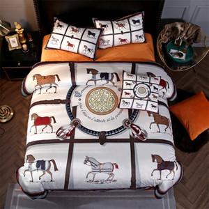 War Horse lujo europeo Impresión de invierno gruesa lana Tela Corte cama determinada de franela Velvet Funda nórdica hoja de cama de almohada T200326