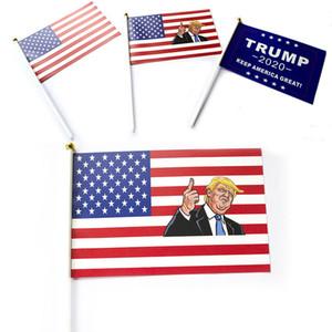 Trump Segnaposto Bandiera 14 * 21 CM Donald 2020 Flags Letter Stampa Mantenere l'America Grande Striscione Carta Impermeabile Mano Waving Flags WX9-1391