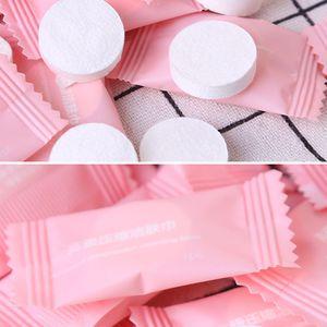 50 unids / caja Tissue Facial Mini Papel Compacto Desechable Multifuncional Viaje Lavado Paño Ducha de Baño Al Aire Libre Comprimido Toalla