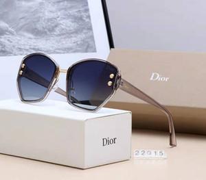 2019best-selling Designer chifre de búfalo Homens Retro Madeira Óculos de sol dos homens e das mulheres Lens Frameless grife vidro Driving