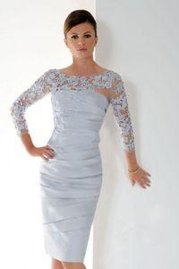 Cheap 2020 Lace Applique mangas compridas Mãe do joelho Noiva Vestidos Pescoço da colher Ruched curto Wedding Dress Visitante