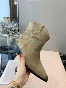 Горячая Продажа-Новой лучшие дизайнер обувь высокого качества лицо классические ретро короткие сапоги низкие со случайными дамами отметили участник прогулку моды сапог