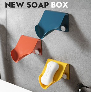 NEW Soap Holder Bathroom Shower Soap Dish Shower Plates Soap Storage Box with Drain Wall Shelf Plastic Bath Tray Wholesale