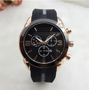 고무 relogio masculino 45mm 군사 스포츠 스타일의 큰 남성 시계 명품 패션 디자이너 블랙 다이얼 독특한 실리콘 큰 남성 시계