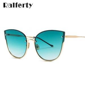 Commercio all'ingrosso 2018 signore eleganti occhiali da sole occhio di gatto donne UV400 occhiali da sole oversize per le donne grandi tonalità cateye lunette d18623