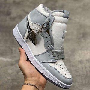 NIKE Air Jordan 1 AJ1 x Dior Com a caixa New Oficialmente revelado colaboração aniversário do branco cinzento selo francês estilo de moda Kim Jones sapatilha sapato size36-46