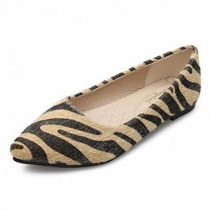 Sapato de bico fino Mulheres Flat Shoes Loafers mocassim Flats Tamanho Grande Shallow Padrão Único Office Lady Mocassins Zebra Zapatos Mujer