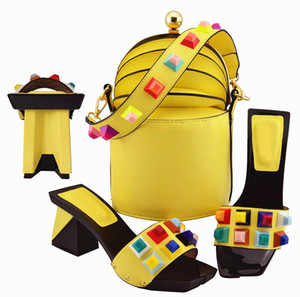 good looking yellow women pumps and bag set with big crystal decoration african shoes match handbag MD011