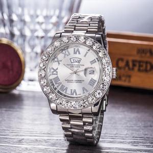2019 Reloj schwarze Armbanduhr Mens Uhr-Spitzenmarken-Entwerfer-Männer Diamant-Uhr-Digital-Big Dial Automatische Daydate Clock Frau Geschenk