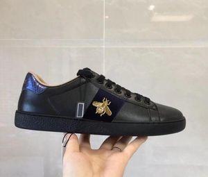 GUCCI 2020 Black Little Bee Shoes Hombres Amortiguación al aire libre Hombres Tallas grandes Calzado masculino Zapatos casuales de cuero blanco