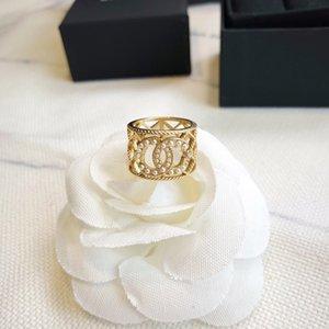 Модная, элегантная и уникальный дизайн обручального кольца партии мини-оболочка бусинки среднего пальца кольцо женщина роскошной ювелирные аксессуаров