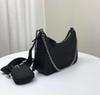 2021 женская грудь женская рука новые дамы hansheepskin кожа V-лепесток сумка сумка мини золотая цепь кошелек с мешком для пыли