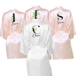 Hizmetçi Onur Gelin kabilesinin Hediyeler için Önlük Kişiselleştirilmiş BRIDEBridesmaid Saten Robe 10colors Elbiseler Özel Robes Giyinme Düğün
