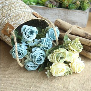 wholesale Wedding Decoration Floral Wall Decoration Small Simulation Flower Rose Bouquet Silk Holding Flowers Living Room Home Decoration