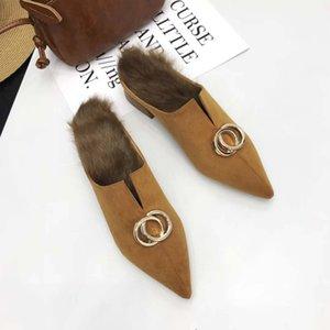 Осень Обувь Женщины Меховые Тапочки Острым Носом Мулы Дамы Весенние Ползунки Обувь Роскошные Пряжки Fenty Beauty Furry Mules Домашние Тапочки