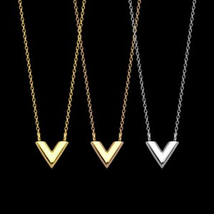 2020 Hot sale Design V letter Necklace for Woman Stainless Steel Accessories Zircon Heart Love Necklace For Women Jewelry gift no box