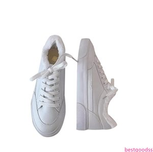 Fashion Designer Women Casual Shoes Triple White Leather Flats Womens Designer Trainers Sports Sneakers Size 35-40 02