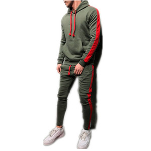 2 Piezas Establece Hombres chándal de la nueva marca Otoño Invierno Sudadera con capucha con cordón + pantalones masculinos de la raya remiendo sudaderas con capucha M-3XL