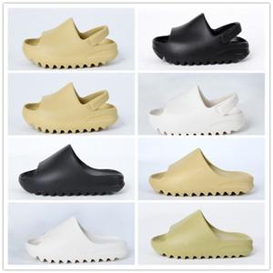Детская обувь Детская Дизайнерские сандалии для девочек Kanye West Кость Черный Слайды Foam лето Малыши Desert Sand Смола Пляж Детский тапочки 23-35