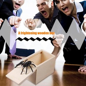Prank Toy Surprise Box Animal Spider Wooden Box Practical Fun Joke Mischievous Toy Gift Scared Whole Screaming Toy