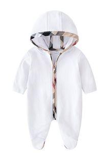 Nueva llegada del bebé ropa del otoño del resorte de una sola pieza con capucha Footies New Born largas de la manga del mono de los niños de los mamelucos de los 0-12M envío