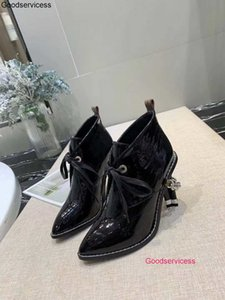 2020 New Classic Fashion Women High Heeled Boots With Head And Thick Chain In Autumn And Winter wzqh1