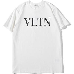 19SS Designer Hommes Top T-shirts d'été Chemises de luxe à manches courtes Marque T-shirts Femmes Mode Hommes Hauts Streetwear B100390K