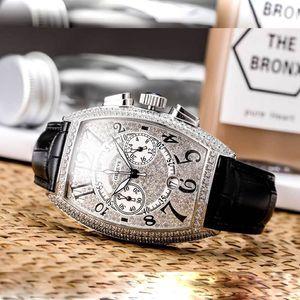 Men's Collection 8880 CC AT Herrenuhren Imported Quarz Chronograph Luxus Diamond iced out watch Designeruhren Lederarmbanduhr