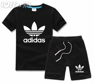 NOVA Moda Fotos Marca Crianças Define Crianças T-shirt E Shorts Calças Crianças Fatos de Treino Crianças Terno Do Esporte 2 Pcs de Manga Curta