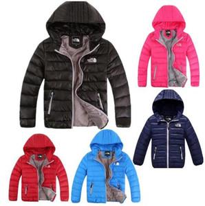 Niños bebés Chaqueta 2019 Chaqueta de invierno para niñas chaqueta con capucha de los niños caliente color puro bebés varones Escudo niños Ropa de abrigo ropa F5898